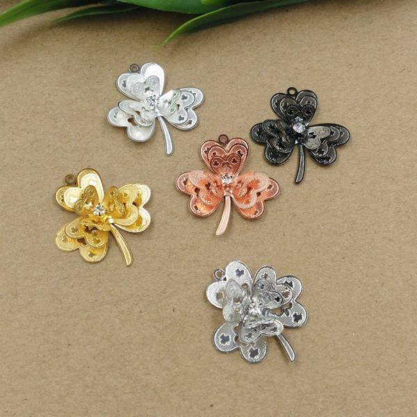 08026 28*26mm Handmade antique luck lucky clover charms silver jewelry, gold color charm pendant for bracelet, fashion girl woman charm bead