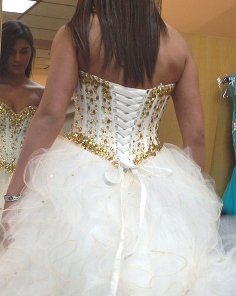 Quinceanera Dresses 2018 White Prom Gowns Sweetheart Gold Crystal ...