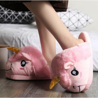 best selling 2 Colors 24cm Unicorn Plush Slippers Unicorn Casual Shoes Warm Household Slippers for Unisex Big Children Shoes 2pcs pair CCA7490 60pairs