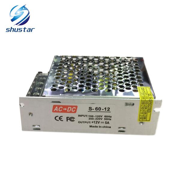 A fonte de alimentação é de tensão DC 12V, 110V-240V, 10a, 120W transformador, fonte de alimentação de comutação, banda de lâmpada LED, LED outdoor