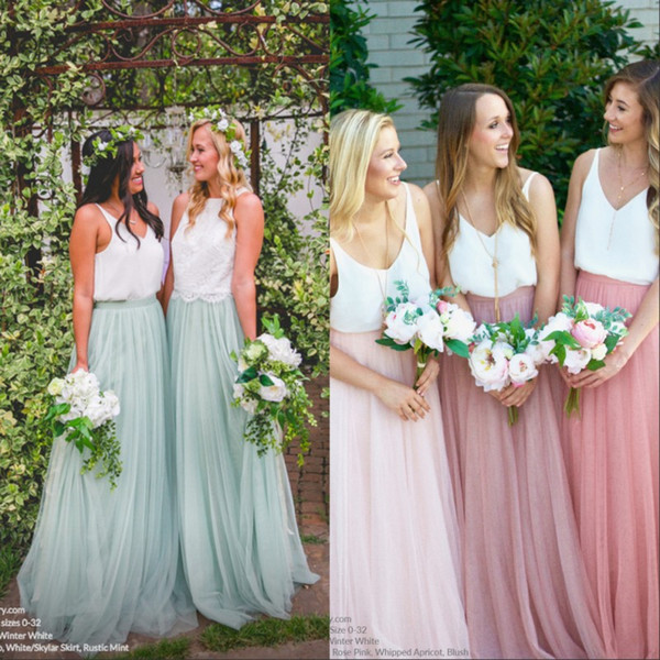 2017 Boho Long Soft Tulle Skirts Lace Top Bridesmaid Dresses V Neck A Line Country Cheap Maid Of Honor Mint Party Prom Gowns