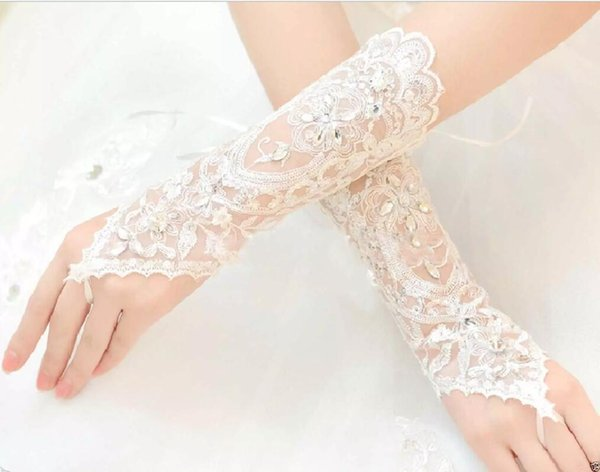 Free Shipping White Lace Fingerless Appliques Below Elbow Length Gloves Short Bridal Wedding Gloves
