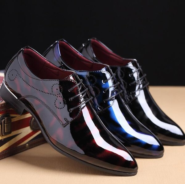 Plus Size 38-48 Classic Fashion Gentleman Men's Dress Shoes Patent Leather Pointed Toe Men Wedding and Prom Shoes Flats Derby Shoes