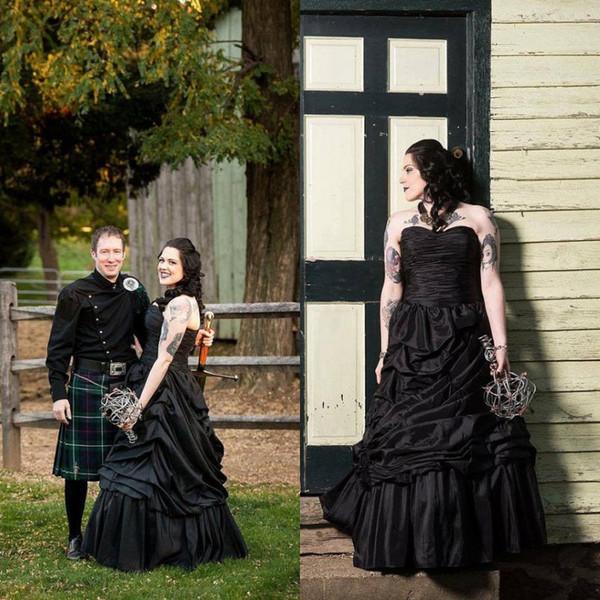 Compre Vestido De Boda Negro Gótico De La Vendimia Acanalado Drapeado Piso Longitud Vestidos De Boda De Halloween Sin Tirantes Sin Mangas Por Encargo