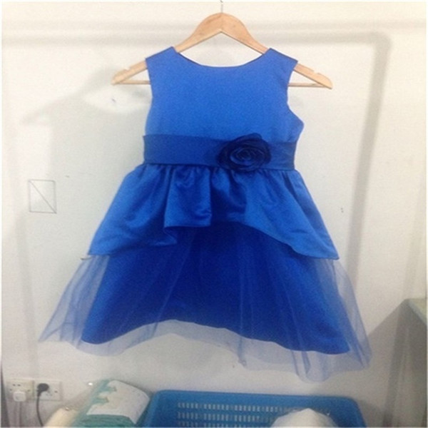 2017 nueva real niña de las flores vestidos de fiesta de boda azul vestido de comunión del desfile para niñas niños / vestido de los niños para la boda