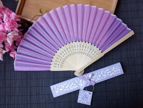 Светло-фиолетовый вентилятор + коробка