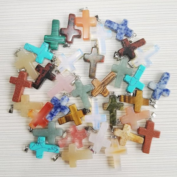Venta al por mayor de moda surtido Jesús piedra natural cruz colgantes de los encantos para la fabricación de joyas de buena calidad ópalo turquesa ojo de tigre colores mezclados