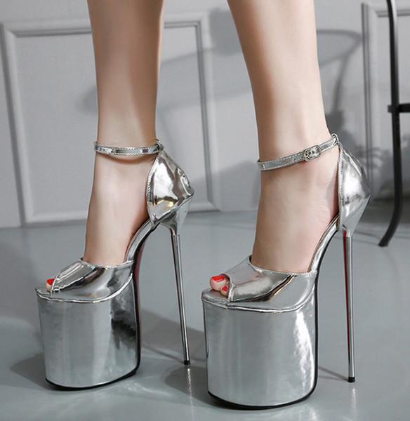 Scarpe da donna 23 cm rosso nero catena di metallo cielo alta piattaforma peep toe pompe scarpe da sposa da donna taglia 35 a 40 scarpe