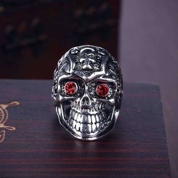 Red eye Skeleton ring