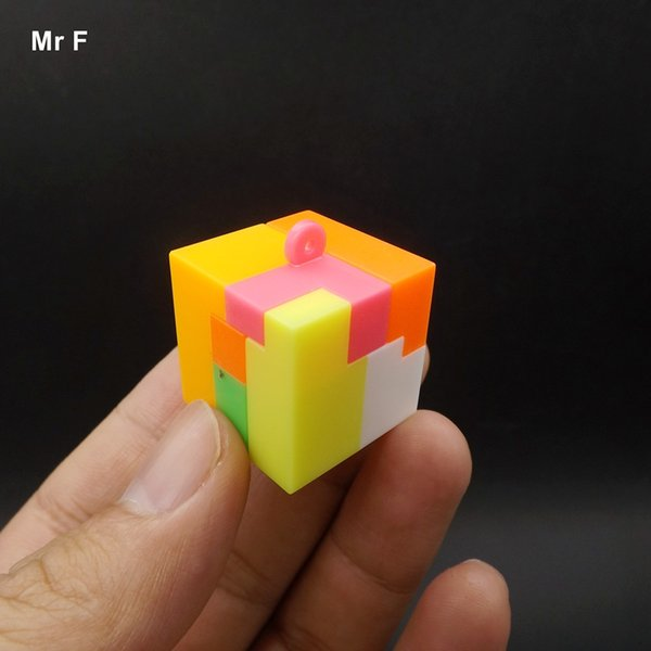 2.4cm Plastic Block Cube Kongming Lock Care Brain Developmental Games Toys Kids Educational Prop Christmas Gifts