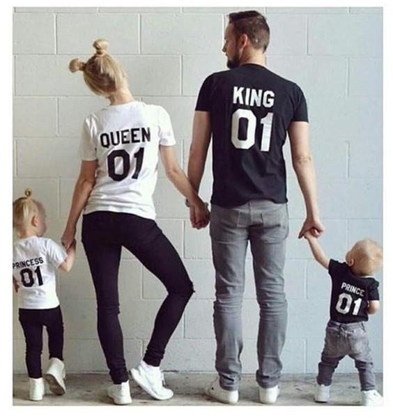 New Family King Queen Lettre Imprimer tshirt Mère et fille père Fils Vêtements correspondant à la princesse Prince