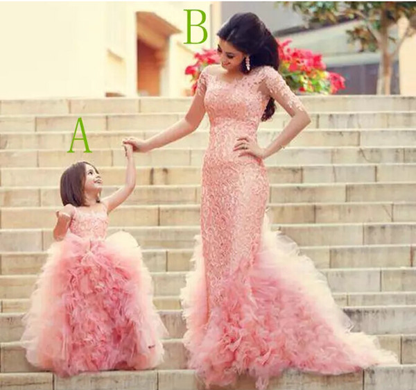 2018 Gorgeous Pink Lace Applique Mother And Daughter Dresses Ruffles Kids Form Wear Jewel Neck Flower Girls' Dress Cheap Prom Gown