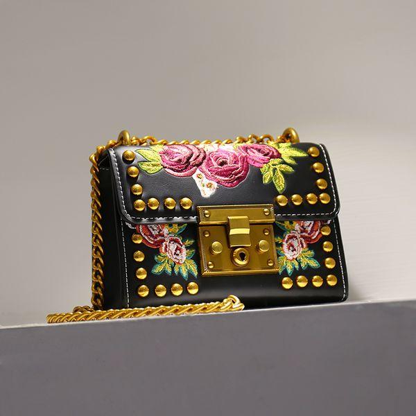2019 Moda Mujer Dama Remaches Bordado Flores Cadenas PU Bolsos de cuero Bolsos de hombro Messenger Bag Negro Bolso Blanco Q0759
