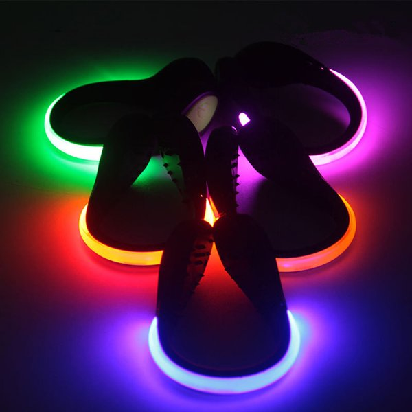 Großhandel Neu!! Outdoor Gadgets 8 Farben Nacht Lauf LED Schuhe Clips Für Radfahren Bike Sport Schuh Sicherheitssignal Neon LED Licht Schuhe Zubehör