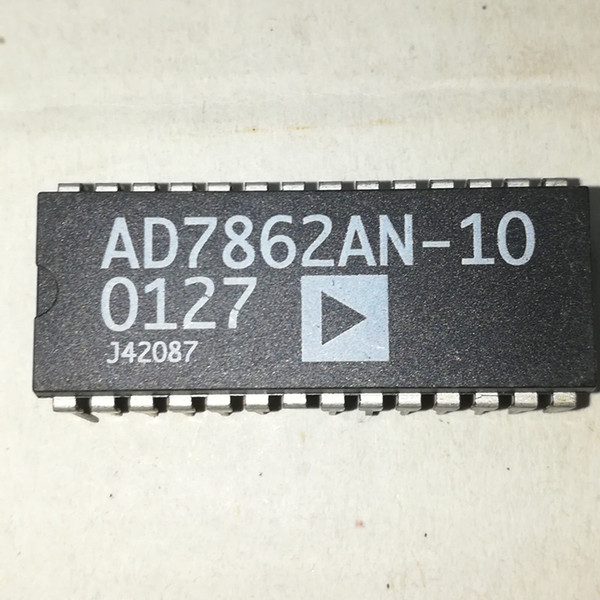 AD7862AN-10 . AD7862AN / AD7862 . PDIP28 . dual in-line 28 pins plastic package / Electronic components / 12-bit ADC integrated circuits ICs