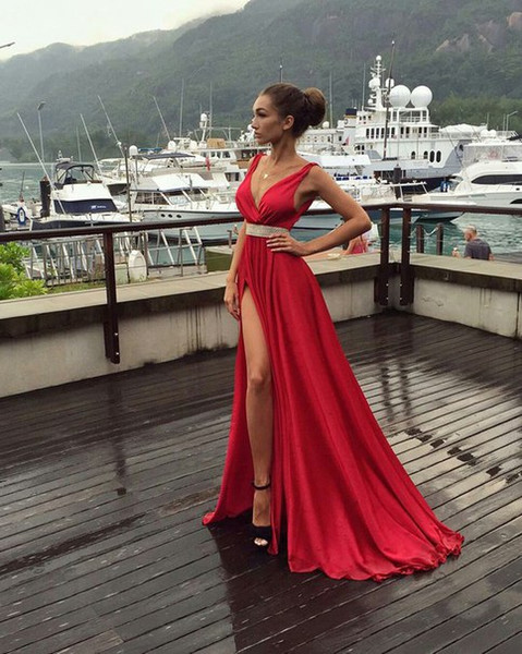 New Red Evening Dresses Deep V-Neck Sweep Train Piping Side Split Modern Long Skirt Cheap Transparent Prom Formal Gowns Pageant Dress