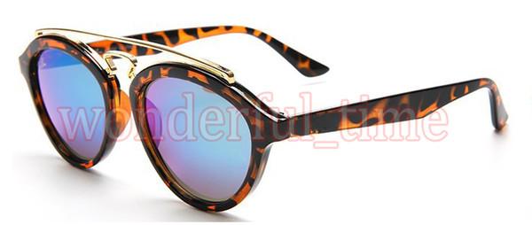 Yuvarlak gözlük - klasikler her zaman moda