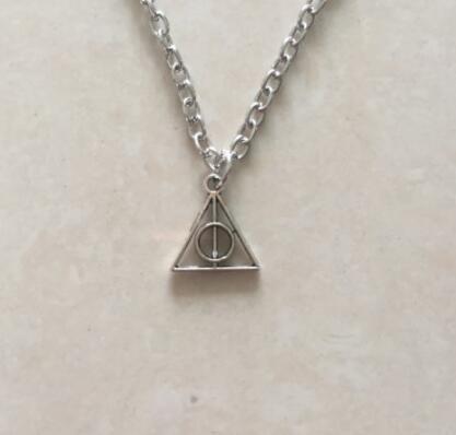 Triangular knot