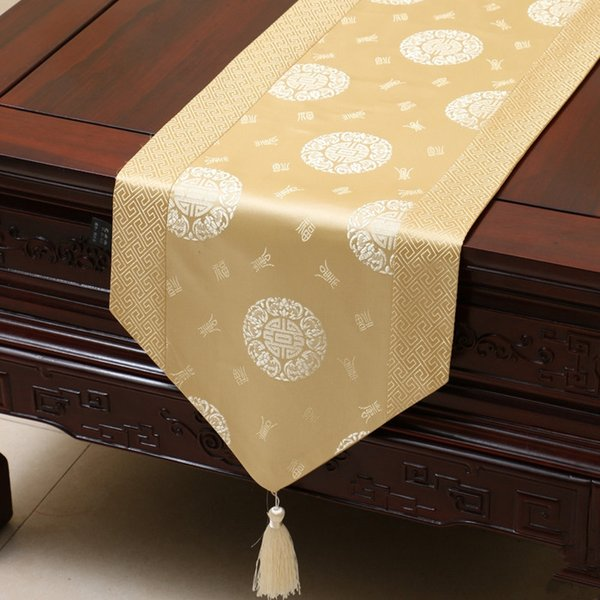 top popular Extra Long 120 inch Lucky Patchwork Table Runner Chinese style Luxury Silk Brocade Table Cloth High End Dining Table Protective Pads 300x33 2021