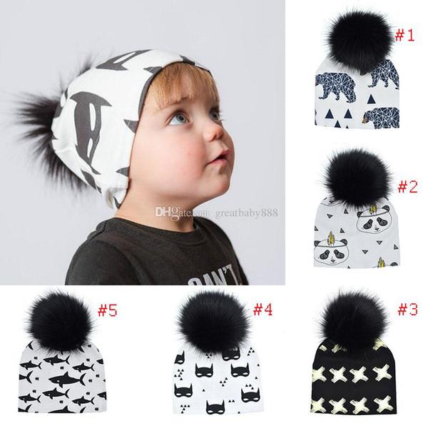 Bebê Animais Impressões INS Pom Beanie Chapéus panda Tubarão Urso Meninas Meninos Faux Fur Pompom Bola Earmuffs caps C3215