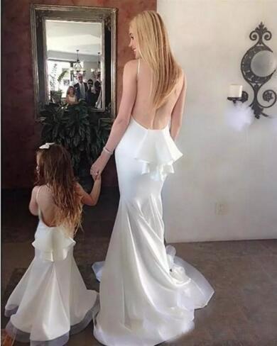 Abiti da sera da ballo sexy senza schienale a sirena bianca 2017 Abiti da cerimonia formale per madre e figlia Robe De Soiree