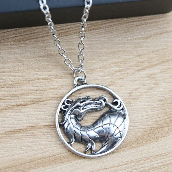 Vintage Men Necklaces Dragon Pendants Silver Plated Alloy Short Chain Fashion Necklaces Jewelry For Men Gift
