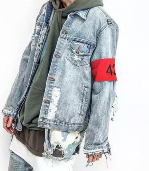 424 куртки Марка Kanye джинсовая куртка хип-хоп разорвал негабаритных джинсовая джин