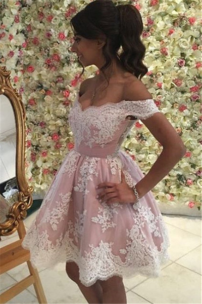 top popular 2017 New Arrival Mini Pink Off the Shoulder A Line Homecoming Dresses Lace Appliques Short Cocktail Dresses Cheap Girls Party Gowns 2020