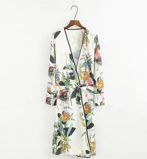 2017 neue Frauen Blusen Mode Blätter Blumendruck mit Schärpen Kimono Shirt Lady Mid lange Strickjacke Tops femme blusa