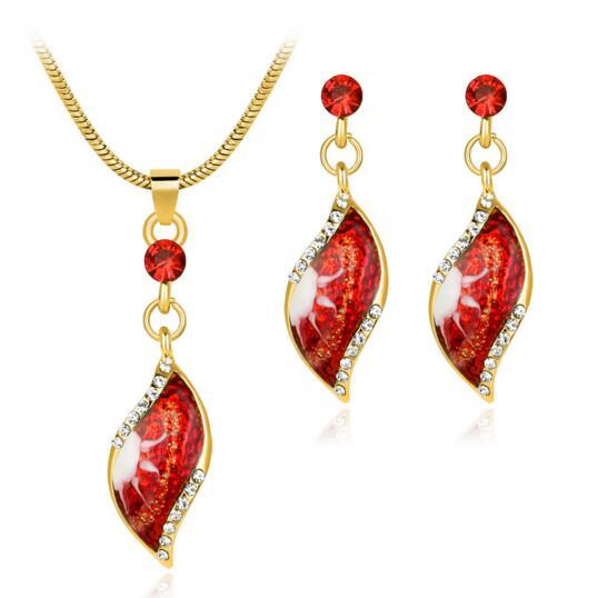 Lady Girl Choker and Earrings 2 Pieces set Leaves Pendant Necklace Snake Chain Ear Studs Jewelry Gift