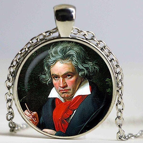 Ciondolo Ludwig van Beethoven. Compositore tedesco, collana di pianisti. Musica, personaggi famosi, genio gioiello di gioielli placcato, natale