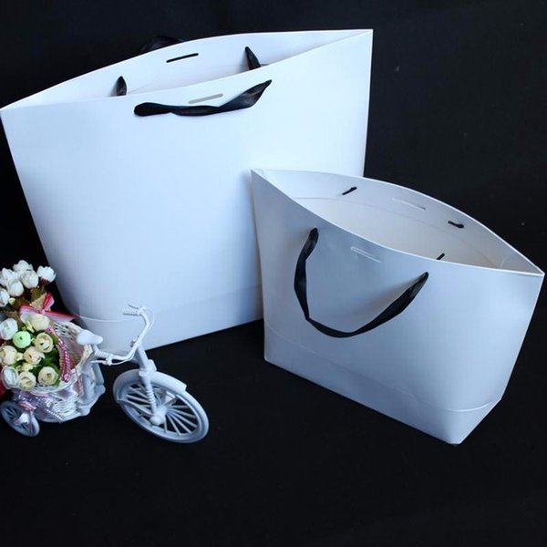 100PCS/LOT White Color No Printing Paper Gift Packing Bag In Stock 3 Days Delivery Can Print LOGO