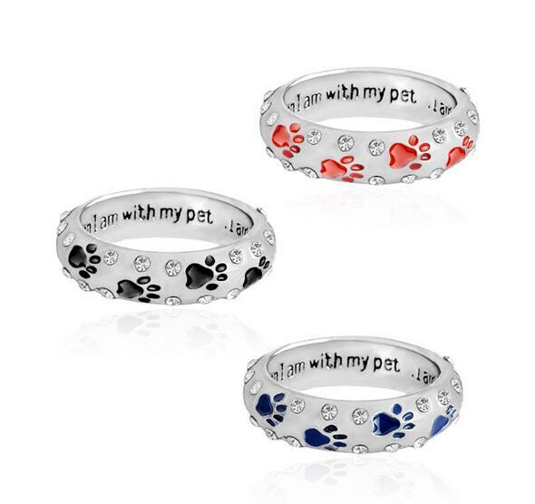 Crystal Rings When I Am with My Pet Letter Black Red Enamel Dog paw footprints Finger Ring Nail Ring for Women Jewelry christmas gift
