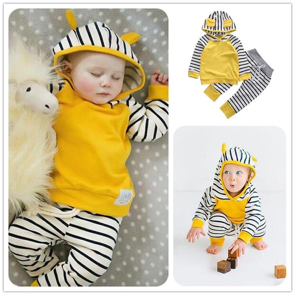 Mikrdoo Baby Boy Girl Abbigliamento casual Felpe con cappuccio giallo Pantaloni a righe 2PCS Tuta da bambino in cotone Bambino O-Collo Felpa con cappuccio Abbigliamento manica lunga Infantil Top