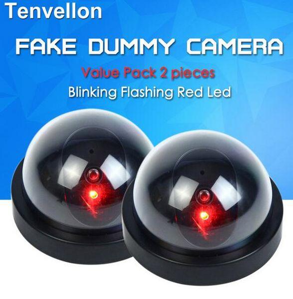 Değer Paketi 2 adet Kukla CCTV Kamera Flaş Yanıp Sönen LED Sahte Kamera Güvenlik Simüle video Gözetleme sahte kameralar