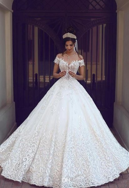 2019 New Vintage Lace Wedding Dresses Sexy Off the Shoulder Short Sleeves Applique Sweep Train A Line Wedding Bridal Gowns Custom Made