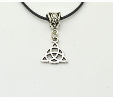 Um nó Triangular 06