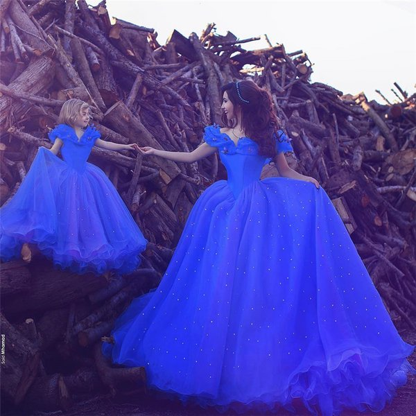 Saidmhamad outre du papillon d'épaule décorer robe de bal bleue avec l'enfant Arabie Saoudite paillettes mère et enfant robes ensemble