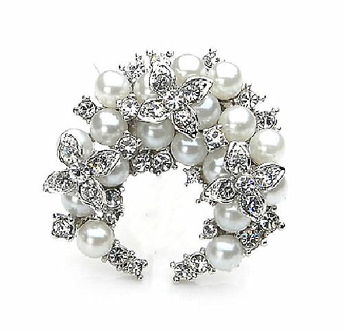 Fashion Jewelry Zinc Alloy Silver Plated Clear Crystal Rhinestone Lovely Flower Heart Brooch Pins For Wedding Boquet