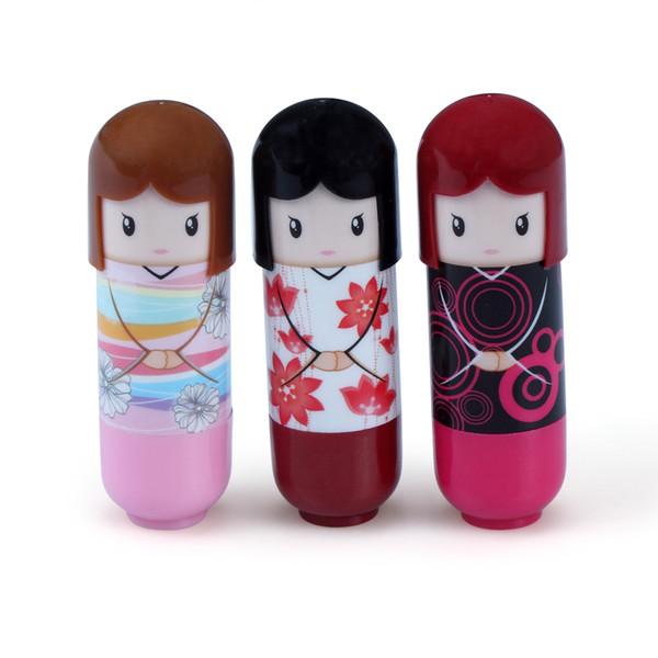 Cute Doll Pattern Travel Portable Lip Balm Lovely Cute Baby Girl Lip Care Lápiz labial