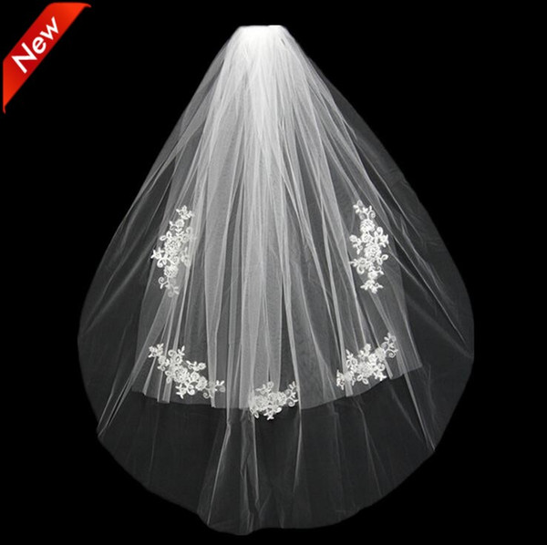 best selling 2021 Short Wedding Bride Veil Custom Made Lace White Ivory Two Layers Tulle Comb Vail Accessories Hat Veil Bridal Veils Appliqued