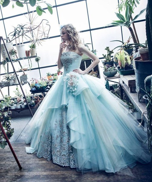 2018 Latest Strapless Ball Gown Quinceanera Dresses Embroidery Tulle Floor-length Sweet 16 Dresses Quinceanera Prom Dresses
