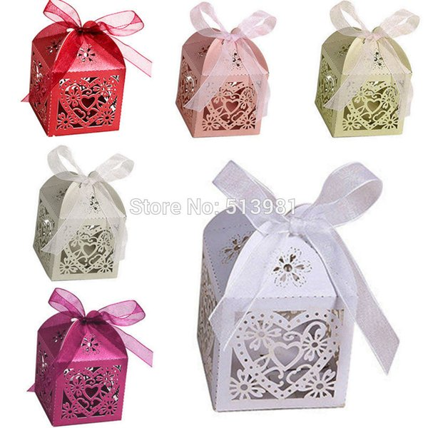 Hot Sale New 10Pcs/Set Love Heart Candy Boxes For Party Wedding Hollow Carriage Baby Shower Favors Gifts Decorations