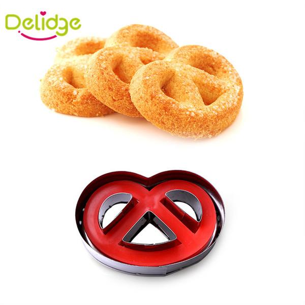 Delidge 1 pcs Smile Face design Cookie Moule En Acier Inoxydable Printemps Presse Fondant Cutters Cookie Cutter Cupcake Décoration Outil