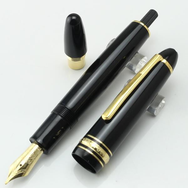 top popular Famous Fountain pen black resin turning cap ink Pen White Solitaire Classique office writing pens with series number 2021