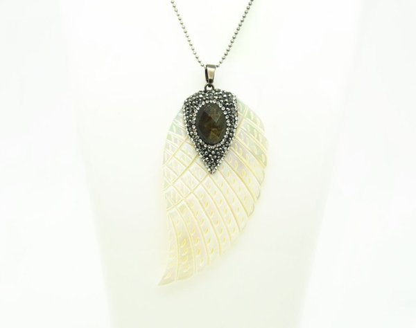 2 pcs Fashion white natural Shell Angel Wings With Paved Crystal Stone Pendants For Women Man Jewelry Making DIY Necklace gem pendant
