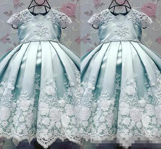 2017 Flower Girl Dresses Ball Gown Jewel Cap Sleeve Floor Length Girls Pageant Dresses With Lace Applique Sky Blue Satin For Wedding Party