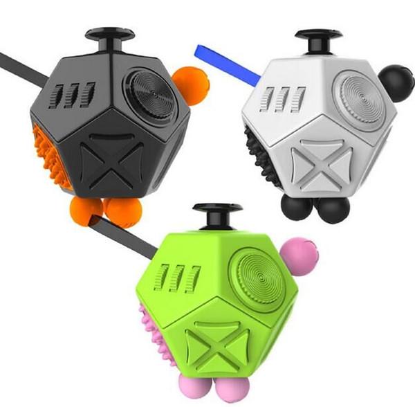2017 New Arrival Fidget Cubo 2 Brinquedos para a Menina Dos Meninos Primeiro Presente Anti Stress descompressão brinquedo para adulto direto da fábrica