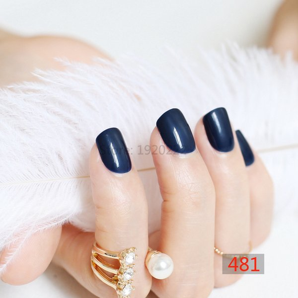 Compre 2018 Mujeres De Moda Dulces Uñas Postizas Cortas Redondas Punta De Tinta Azul N481 A 13 Del Sillygirlnail Dhgatecom