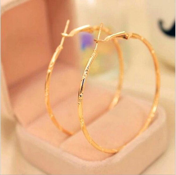 top popular 120pair Big Round Earrings Gold Color Fashion Jewelry Wholesale Diameter Large Hoop Earrings Women mix designs F349 2019